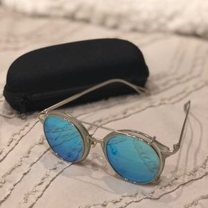 Accessories - Boutique sunglasses with removable shades